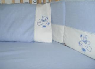 Bear Hugs Crib Bedding