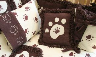 Tiny Paws Crib Bedding